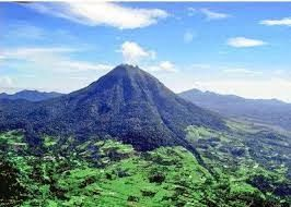 Wisata Menarik Taman Nasional Gunung Leuser | Wisata Menarik Taman Nasional Gunung Leuser – Taman Nasional Gunung Leuser yang biasa juga diebut dengan TNGL adalah salah satu Kawasan Pelestarian Alam yang memiliki lahan seluas 1.094.692 hektar. Jika ditinjau dari sisi administrasi, Taman Nasional Gunung Leuser berlokasi di dua provinsi yaitu Provinsi NAD dan Sumatera Utara.