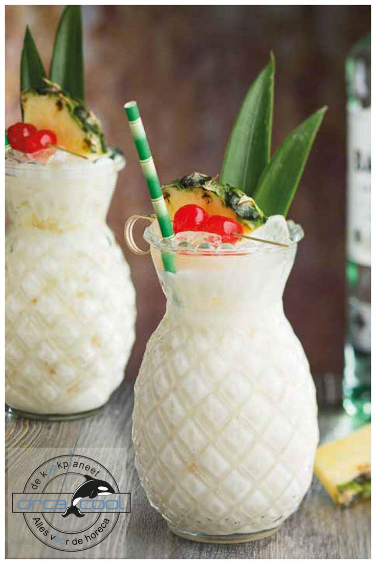 Pineapple Cocktailglass... stunning! Dit mag niet ontbreken op je zomers feestje, ananas cocktailglas #glassware #glaswerk