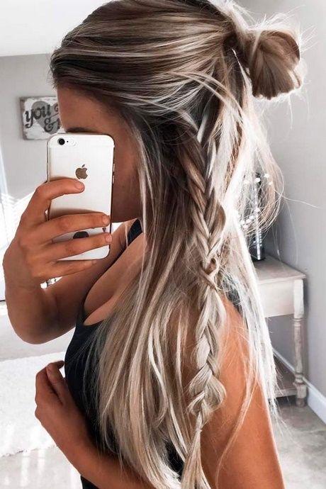 Lange Haare, einfache Stile
