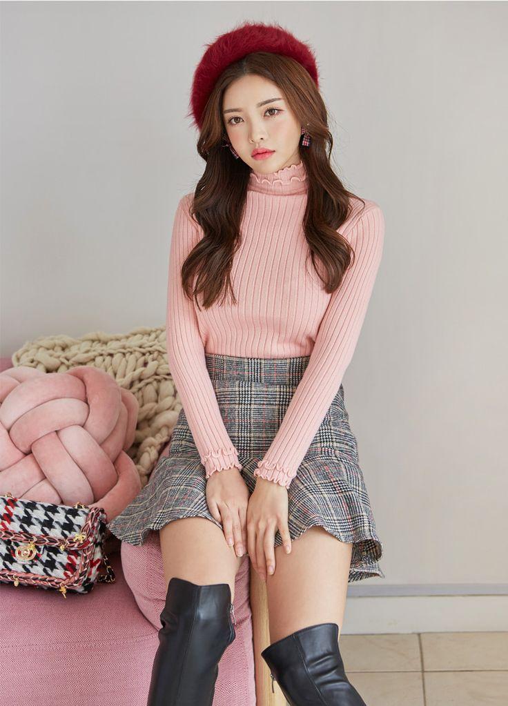 Ribbed Slim Fit Turtleneck Sweater CHLO.D.MANON | #pink #turtleneck #sweater #knitwear #sweet #cute #koreanfashion #kstyle #kfashion #dailylook #falltrend #feminine