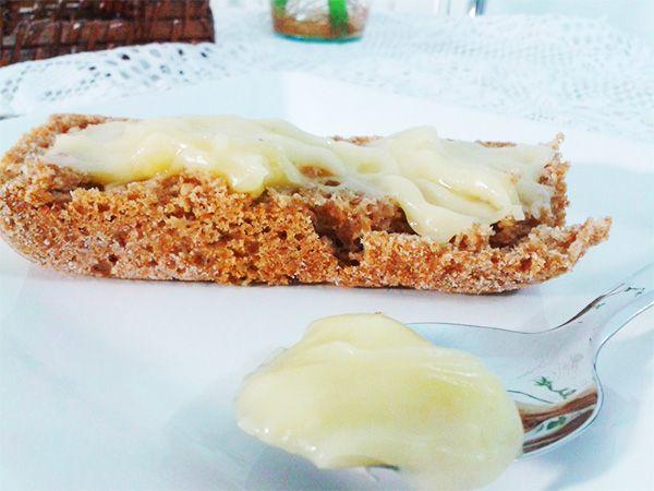 Também conhecido como mandiopiry, esse requeijão vegano é bem simples de fazer, fica com a mesma consistência de um requeijão bem cremoso e bem saboroso.