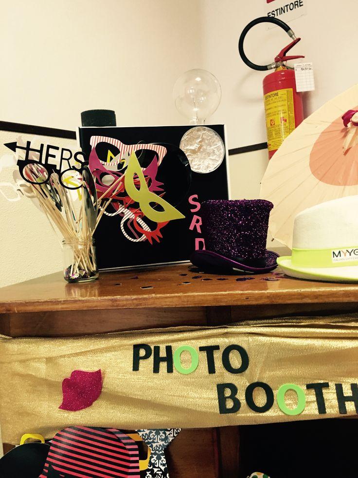 Photo booth, festa di compleanno bimba di 9 anni! Diy macchina fotografica vintage e travestimenti divertenti!