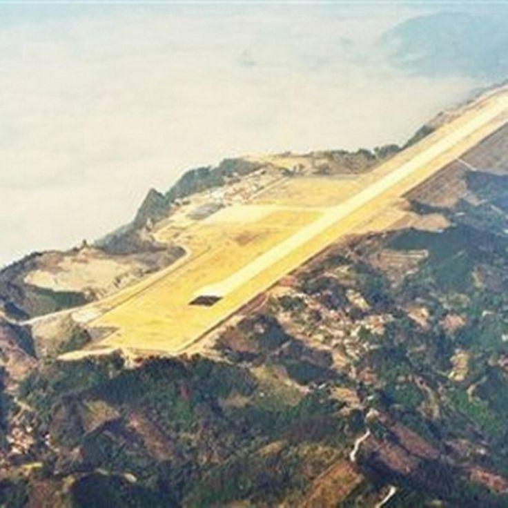 Landingsbaan op Chinese bergtop