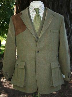 The Bookster Original Tweed Shooting Jacket maintains all the essential needs with style; bellow patch pockets, functional collar tab, actio...