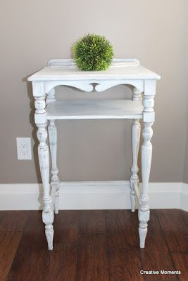 Country Chic Simplicity Accent Table