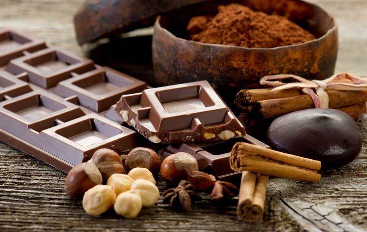 Cioccolato fondente: proprietà, benefici per la salute e controindicazioni
