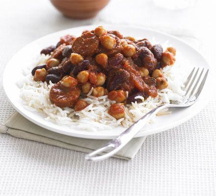 This fast and filling chilli is great served with rice or piled high onto a baked potato and dolloped with soured cream