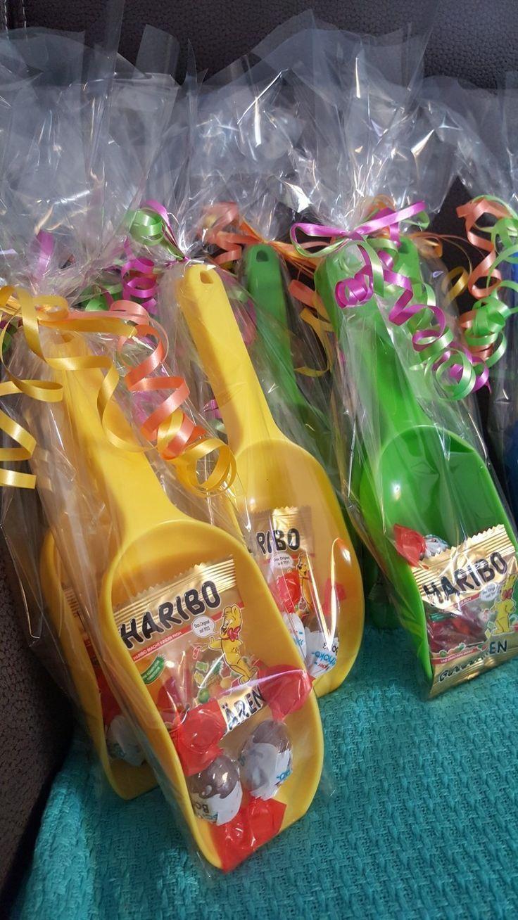 Kids Birthday Party Favor Give Away Krabbelgruppe Nina Bajrakta