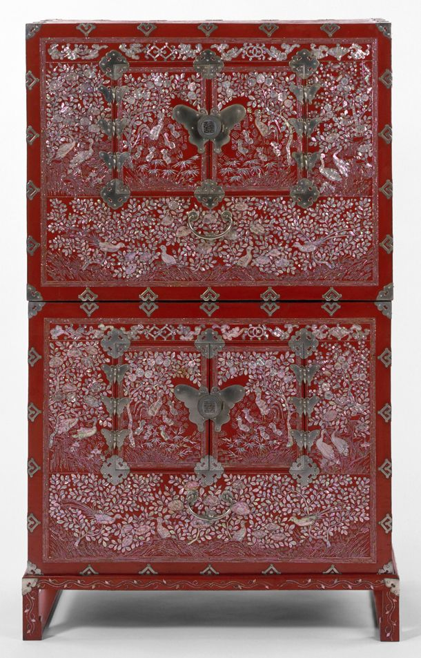 Korean Red Lacquer Chest - Victoria and Albert Museum