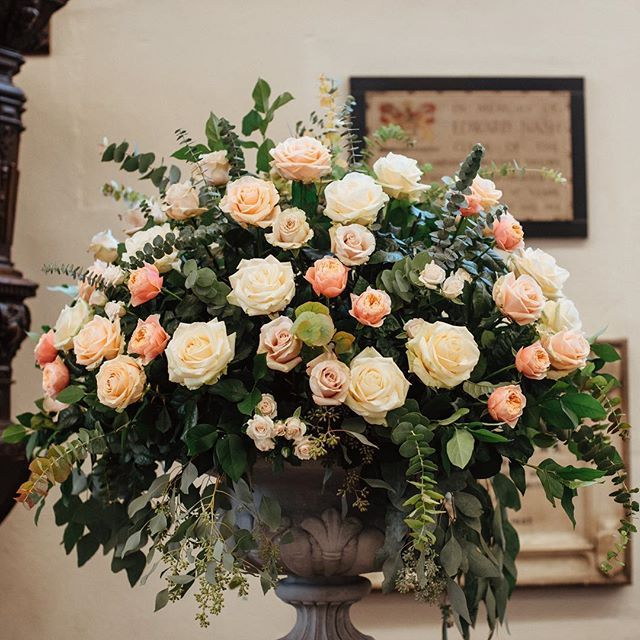 Memories of summer - one of our favourite wedding this year, Ruth and Matt's, as seen through the eyes of @wheelsandcophotography - now on their blog.  .  .  .  #3sleeps #churchflowers