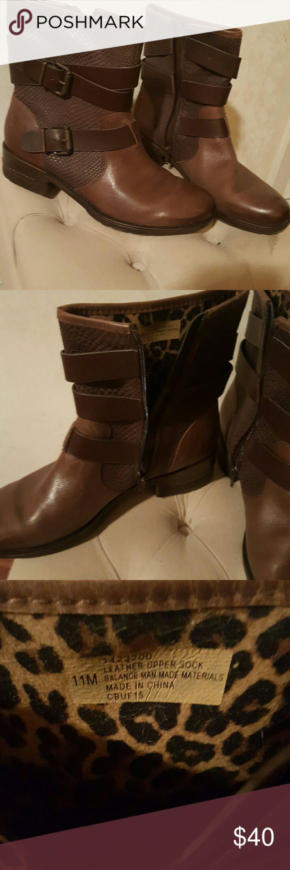 Brown Leather Ankle  Boots NWOT and Box. Leather Upper with inside cushion.  Size 11 Sofft Shoes Ankle Boots & Booties
