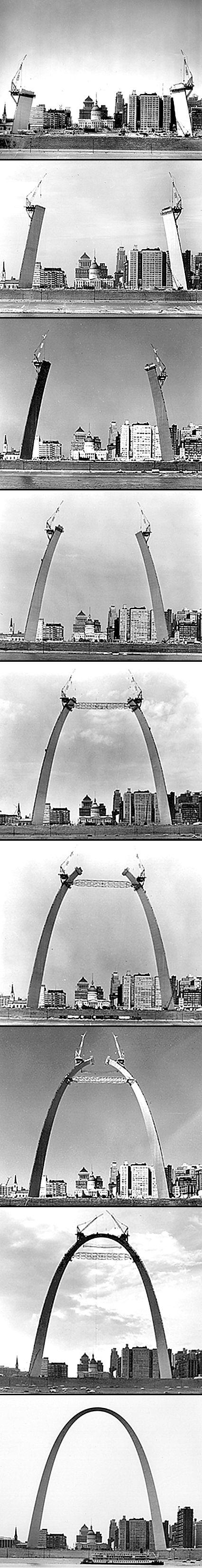 Construction of the St. Louis Gateway Arch. El Arco Gateway, o la Puerta hacia el Oeste, es la parte más importante del Monumento a la Expansión Nacional de Jefferson en San Luis, Misuri. Se construyó como un monumento conmemorativo de la expansión hacia el oeste de los Estados Unidos.