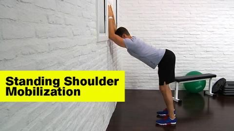 The best stretch to mobilize those shoulders.
