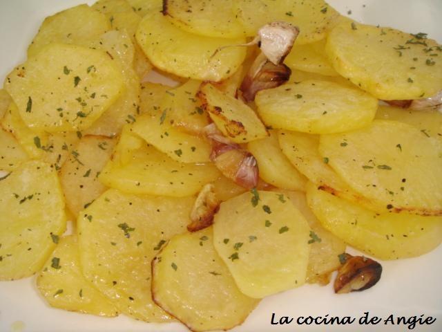 : PATATAS DEL HORNO CON LIMÓN   – Kartoffelgerichte