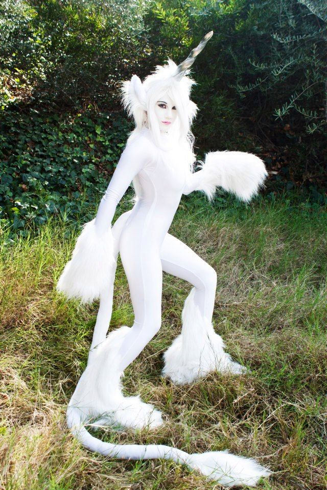 Seriously cool costume.  Maybe just a shorter more horse-like tail though.  White Unicorn Costume.