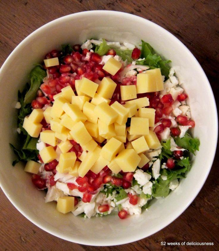 Kukkakaali-granaattiomenasalaatti | Maku (52 weeks of deliciousness)