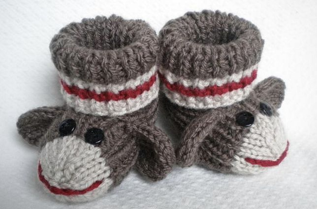 Knitted sock monkey slippers: Monkey Booties, Sock Monkeys, Craft, Knitting Patterns, Crochet, Socks, Baby Booties