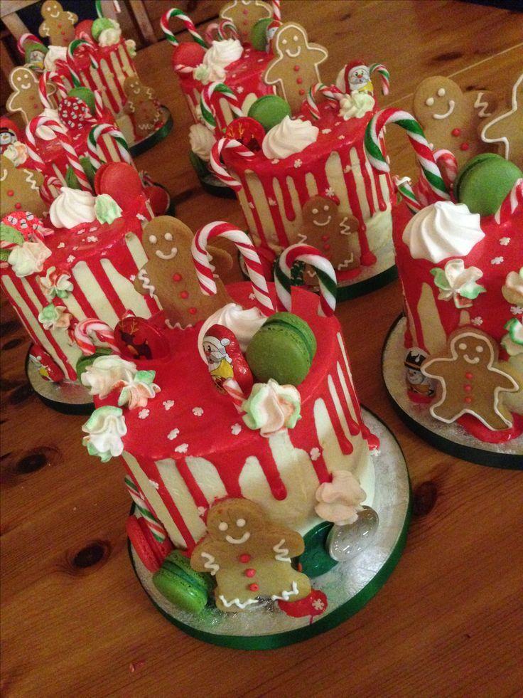 Weihnachtstropfkuchen. Hausgemachtes Ingwerbrot Männer, Makronen, Mini-Zuckerst …