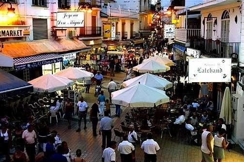De compras por la calle San Miguel
