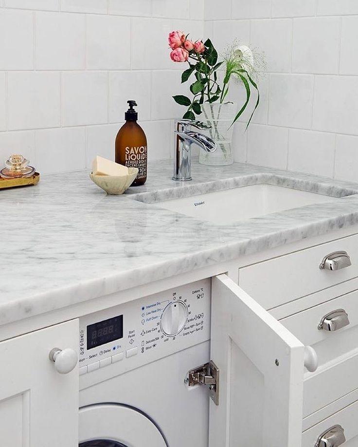 """246 gilla-markeringar, 15 kommentarer - Badrumsdrömmar (@badrumsdrommar) på Instagram: """"Att hitta inspiration för snygga tvättstugor är verkligen inte lätt! Antingen så är de 50kvm stora…"""""""