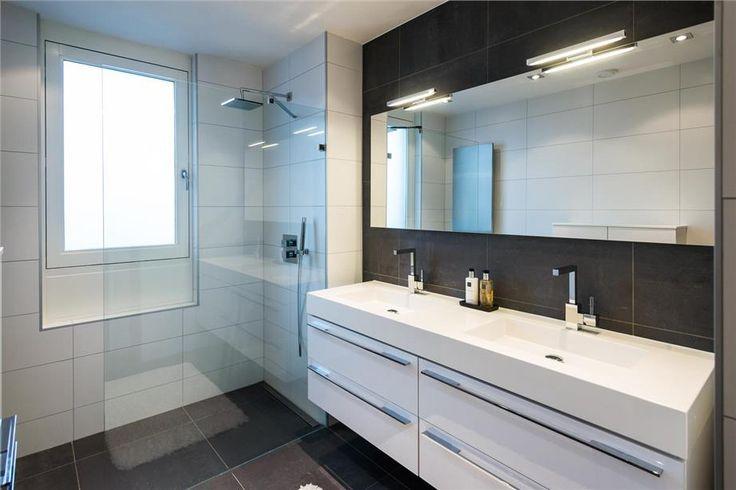 85 best moderne badkamers images on pinterest - Wastafel een poser duravit ...