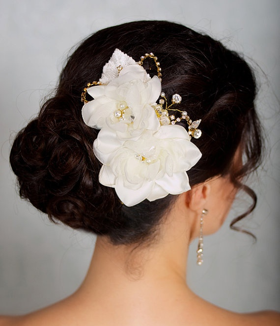 200 best bridal head gear images on pinterest hair fascinators bridal hair comb with ivory flowers mightylinksfo