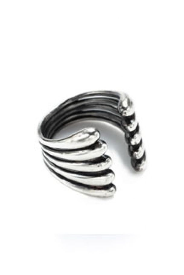 Linear Trickle Ring