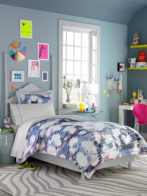 Give me this room makeover please (with a bigger bed)