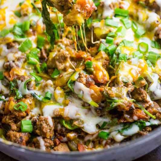 //scripts.mediavine.com/videos/u13ezoyqmgswngldvjl2.jsOne Pot Cheesy Taco Skillet- this easy, delicious, veggie packed meal is quick and great for a budget- as well as a low carb diet!  Updated 1/2…