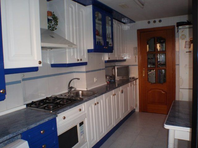 MIL ANUNCIOS.COM - Habitacion dos camas. Compartir piso habitacion dos camas en Madrid. Anuncios de pisos compartidos habitacion dos camas en Madrid. Habitaciones habitacion dos camas en Madrid.