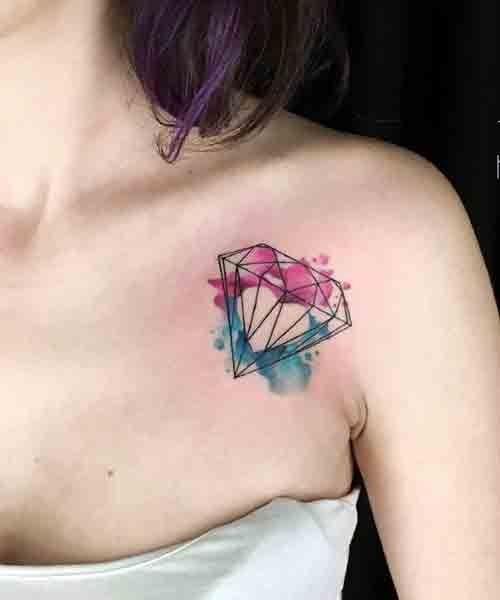Wasserfarben Tattoo: Diamante an der Schulter
