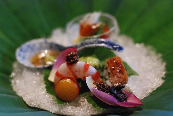 ❤❤ Copyrights unknown. Kiccho , Haute Cuisine de Kyoto 2011.