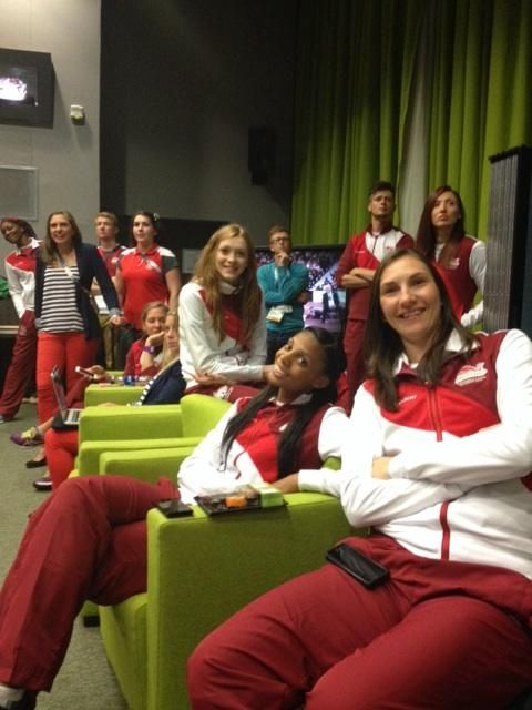 Embedded image permalinkGevaMentorVerified account ‏@GevaMentor Looking forward to chatting2 @clarebalding & Mark on the #TonightAtTheGames #NetballinTheMedia @weRengland #BackStage