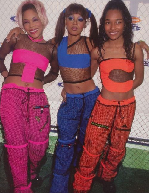 I was in fifth grade when they performed in these outfits on Nickelodeon! I was so excited.