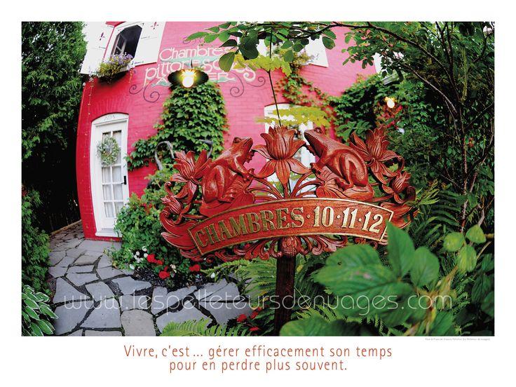 """""""Chambre 10-11-12"""" à l'Auberge du Mange-Grenouille (Le Bic), photographie et texte de Francis Pelletier, disponible en édition d'art."""
