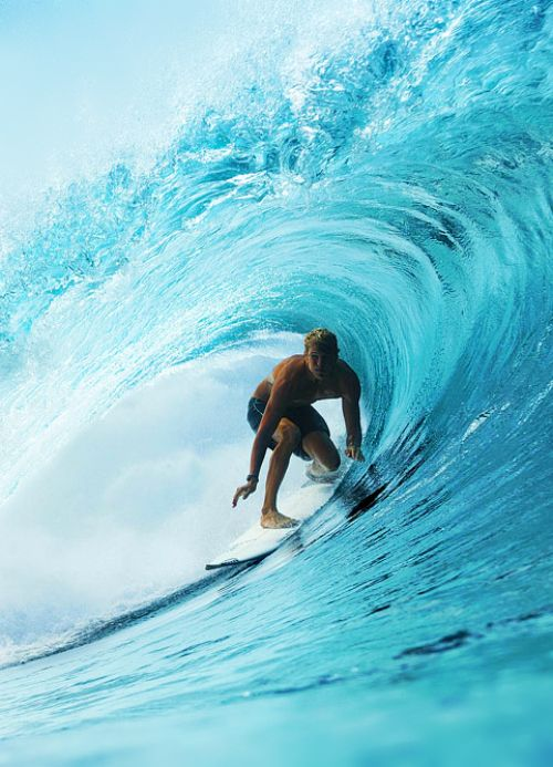 Koa Smith at PipeShore break, surf, surfing, waves, big waves, barrel, ocean, sea, water, swell, surf culture, island, beach, salt life, #surfing #surf #waves