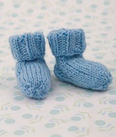 Snuggle Toes Socks Knitting Pattern | Red Heart