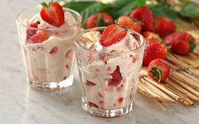 Mansikkaparfait / Strawberry parfait