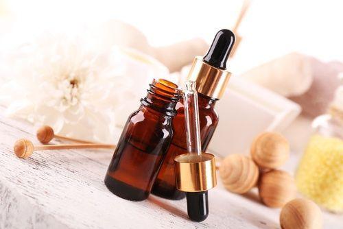 Este sérum rejuvenecedor casero es una excelente opción para cuidar tu rostro y disminuir los efectos que sufre en el ambiente. ¡Pruébalo!