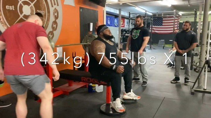 Julius Maddox Sets The Unofficial All Time World Record Bench Press Again With A New Gym Personal Record Of 342kg 755lb In 2020 Bench Press Fitness Motivation Gym