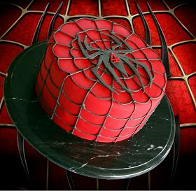 Cute Sweet Things: Spiderman Cake