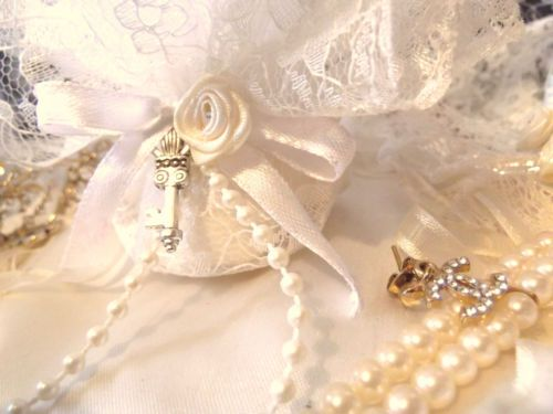 Authentic Italian handmade vintage silver charm bomboniere