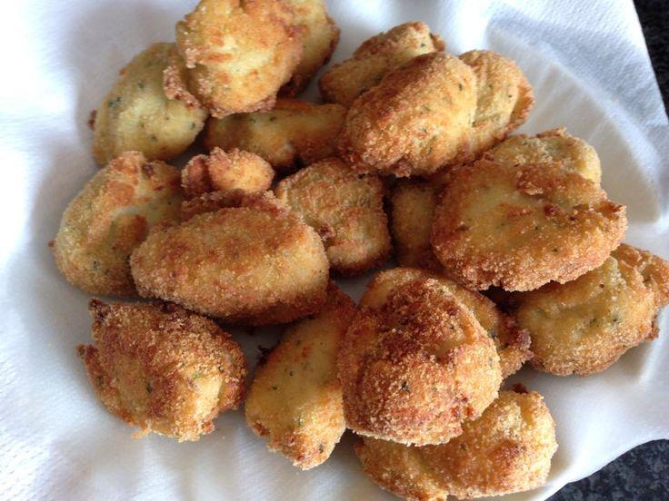 Polpette di merluzzo Bimby, pronte in 5 minuti! Ingredienti:600 gr di merluzzo in filetti (io ho usato quello surgelato), 8 fette di pancarrè senza i bordi ammolato nel latte