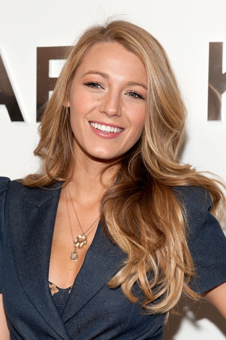 """I like to do my own hair and makeup for events."" - Blake Lively // #makeup"