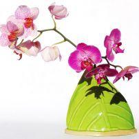 BCTSLV Blue Camel Trading. Silhouette Leaf Vase $70.