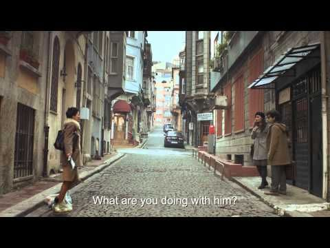 Cornetto Cupidity, Beauty and the Geek (Film) - YouTube