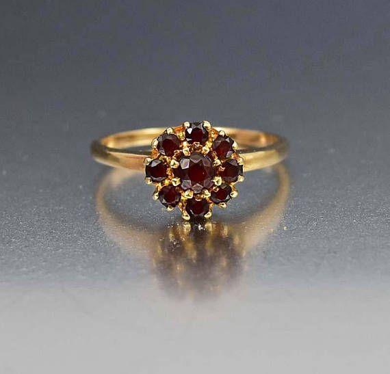 Vintage 10k Gold Garnet Ring Flower Cluster Ring Alternative Bohemian Engagement Ring January Birthstone Ring 1920s Vintage Jewelry Vintage Gold Engagement Rings Vintage Jewelry Antique Garnet Rings