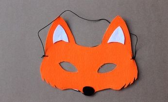 This easy dress-up idea and fox mask with FREE printable will transform your child into Fantastic Mr Fox for Book Week or dress-up days.