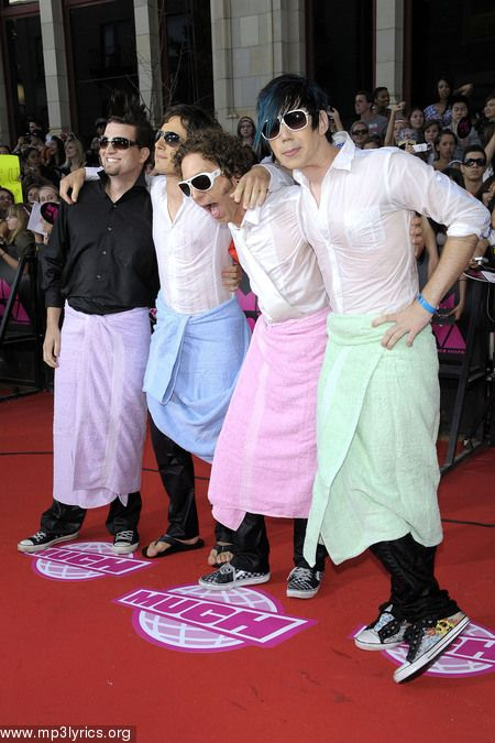 marianas trench :) Best dressed on the red carpet!