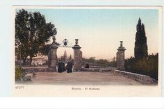 Posiblemente hermanos maristas llegando al Colegio de la Merced.Malecon Semana Santa de Murcia - LA MURCIA QUE SE NOS FUE V - Semana Santa